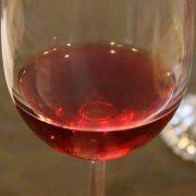 Voorkom dementie door een beetje wijn en meer slaap